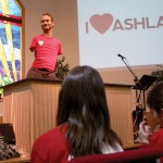 "Evangelical speaker Nick Vujicic giving a presentation to ""I Heart Ashland"" volunteers on Saturday. Organized by local faith-based organizations, the day of service was a part of the larger ""Heart Campaign"" based out of Bend, which seeks to ""facilitate positive change through days of volunteer service and dynamic community events,"" according to the event website."