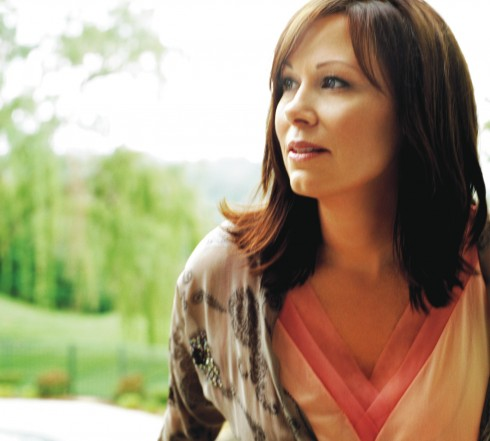 Bogguss is bringing folk music back.