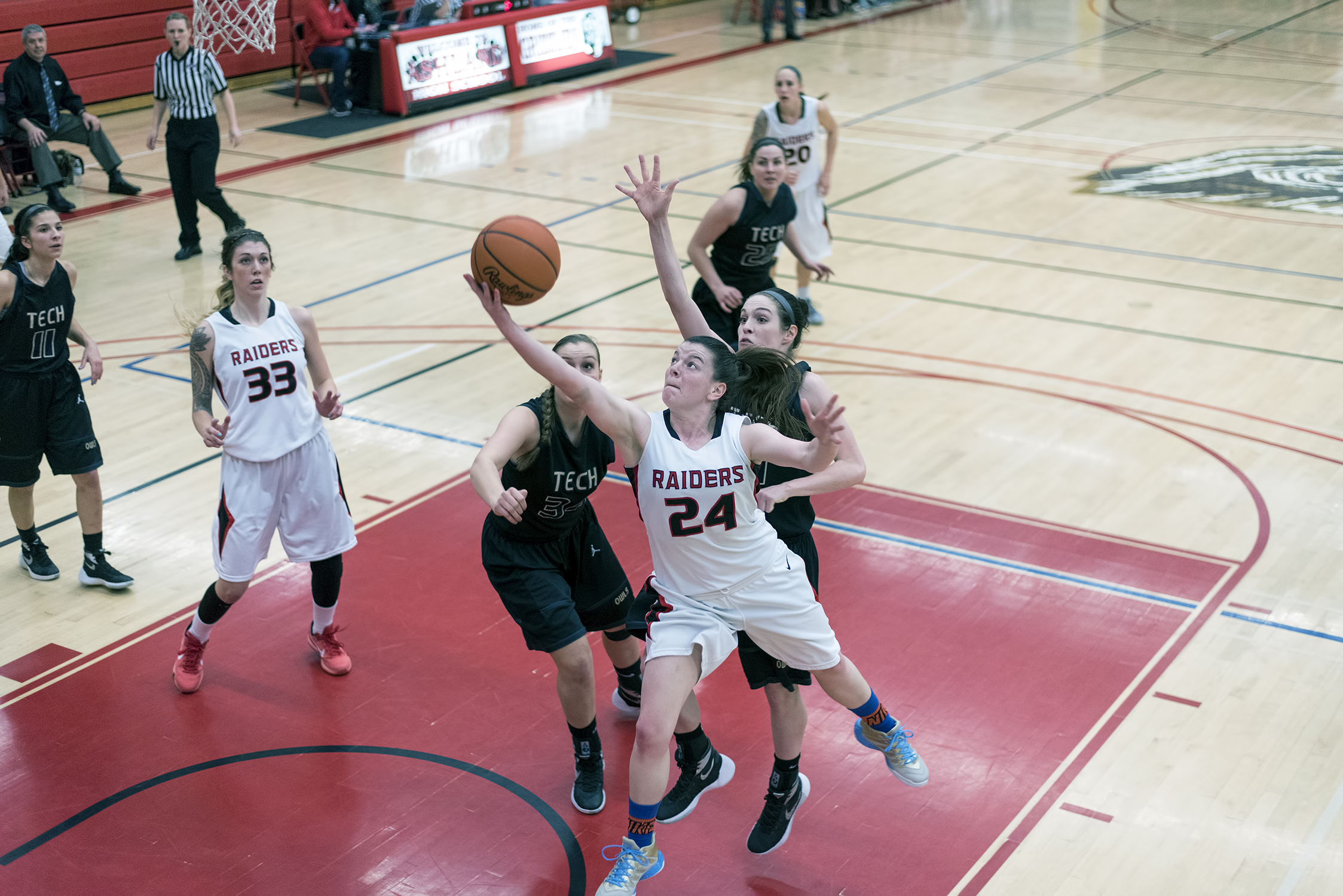 16F_8064-RAW-sou-womens-basketball-ashley-claussen